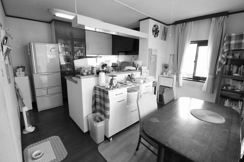 広く開放的なダイニングキッチン(before)