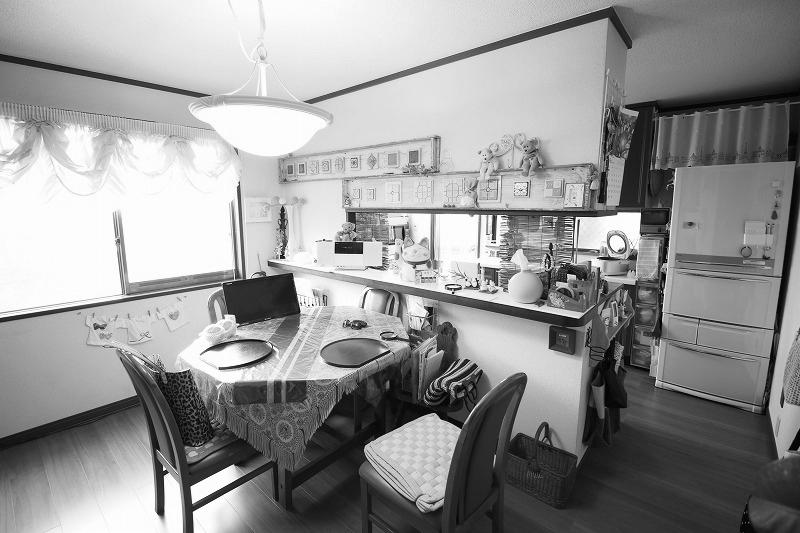 家具のように溶け込むキッチン空間(before)